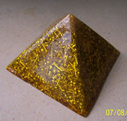 orgonite-pyramid