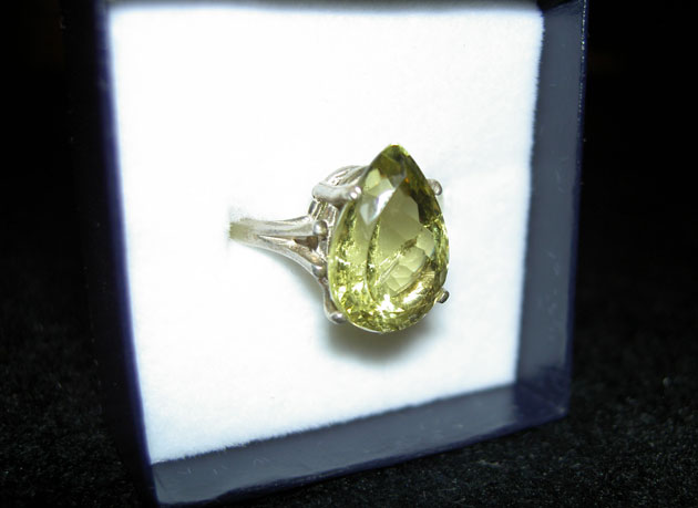 yellowish peridot